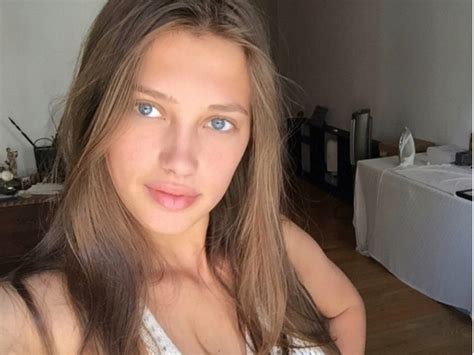 This teen Victoria's Secret model is rumoured to be dating