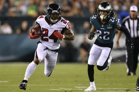 Falcons RB Devonta Freeman, two others ruled out vs