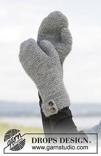Ravelry: 157-43 Always Beautiful Mittens pattern by DROPS