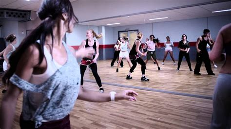 Fit For Free, Fitness voor iedereen! - YouTube