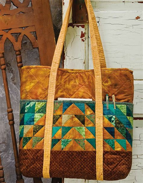 Quilted Purses & Totes: For AllSeasons   LeisureArts